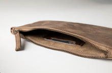 Load image into Gallery viewer, Clutch Bag- Brown Leather