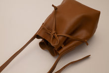 Load image into Gallery viewer, Bucket Bag - Kamel Leather
