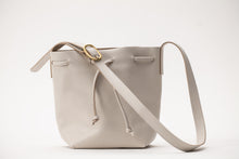 Load image into Gallery viewer, Bucket Bag- stone leather