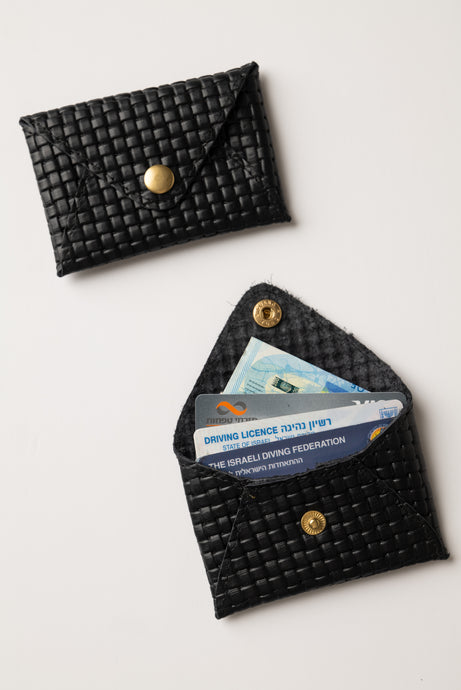 Mini wallet-black with texture leather