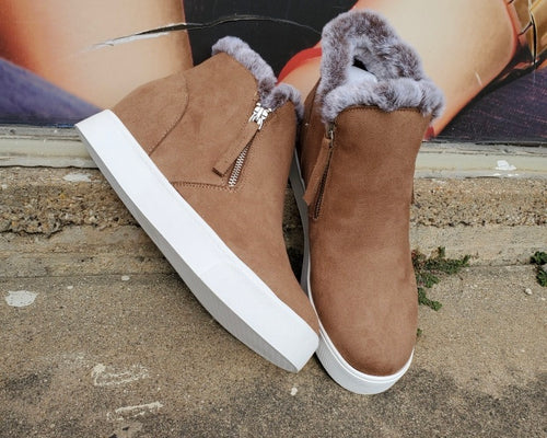 TAN SNEAKER WITH FUR TRIM AND SIDE ZIP