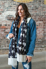 Load image into Gallery viewer, STARS BLACK SCARF W / IVORY FRINGE