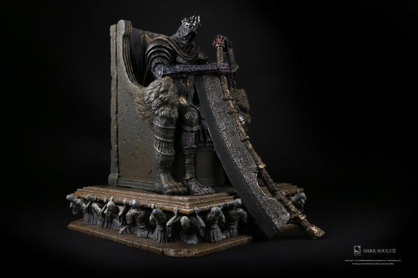 DARK SOULS Yhorm 1/18 Scale High-end Statue