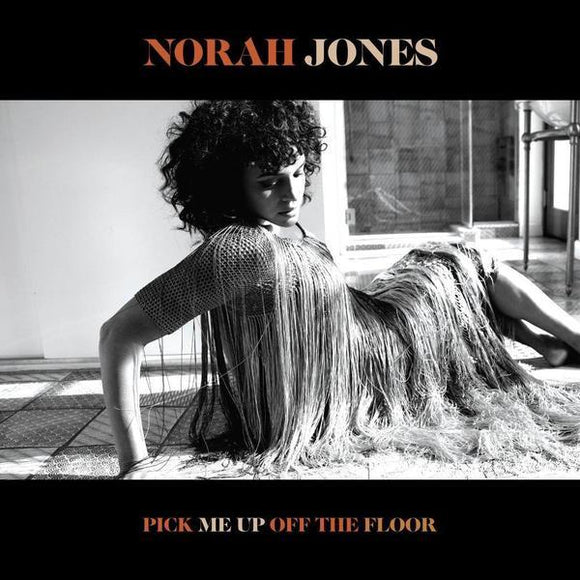 JONES,NORAH<br><i> PICK ME UP OFF THE FLOOR [Indie Exclusive Half Black/Half White Vinyl] LP</I>