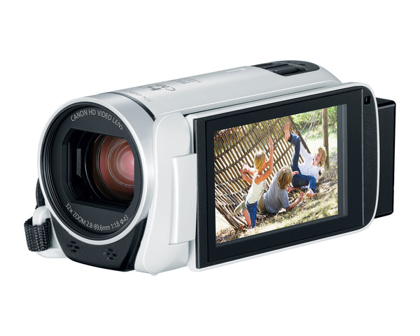 Canon Vixia HF R800 3.28MP Camcorder Kit (White)