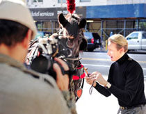 Carson Kressley & Nikon - Look Good in Pictures 6