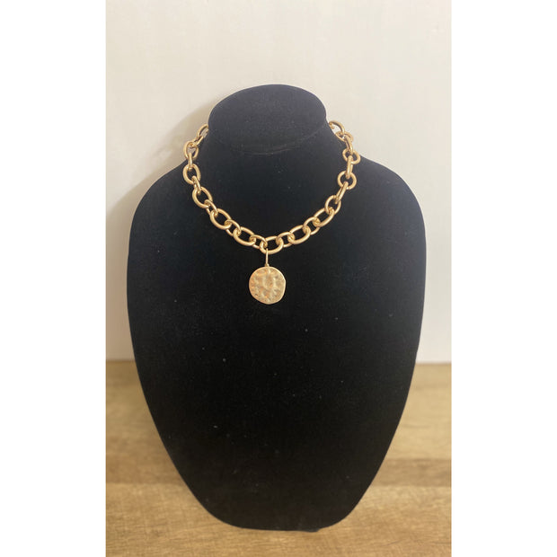 Nala Hammered Medallion Chunky Necklace - Goddess House of Glam Boutique