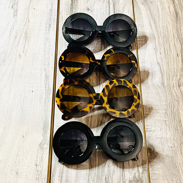 Catwalk Oversized Sunnies- Goddess House of Glam Boutique