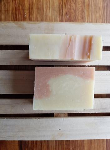 Rose & Geranium Soap Bar 110g by Gerogery Soap Co