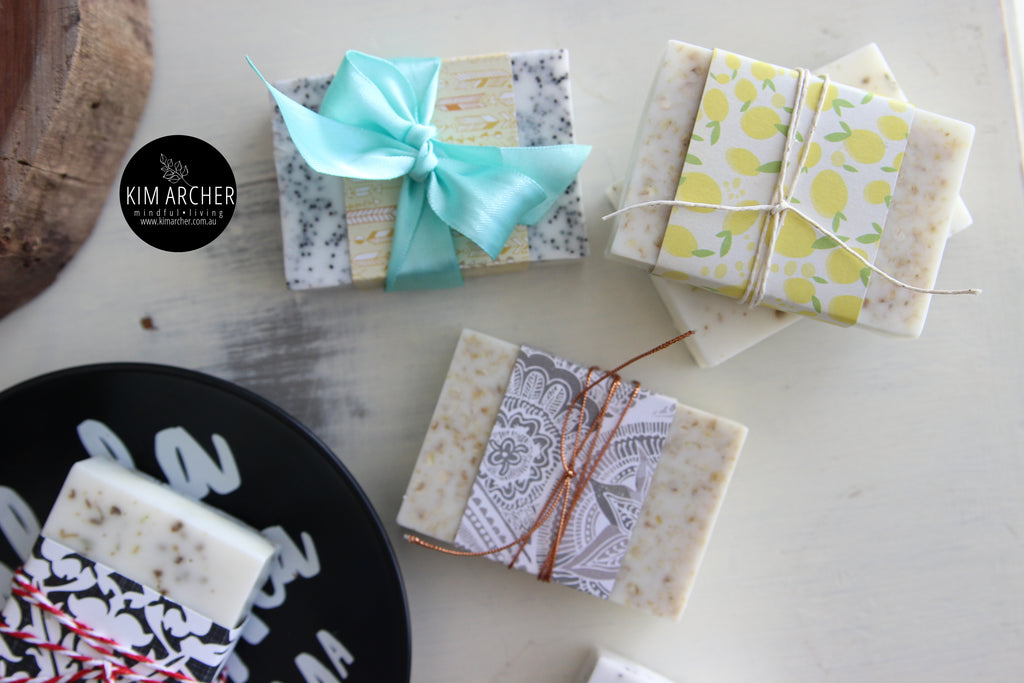 Spearmint & Poppy Seed Soap