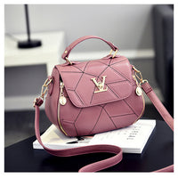 2019 Fashion Woman Geometry Small V Style Saddle Luxury Handbags Crossbody For Women Famous Brands Messenger Bags Designer Louis