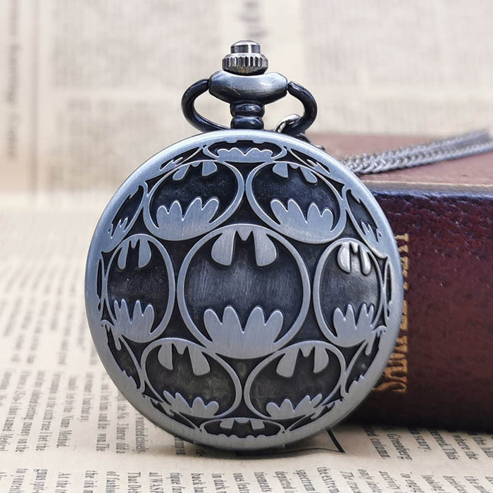 2019 New Arrivals Fashion BM Batman Super Hero Movie Quartz Pocket Watch Analog Pendant Necklace Mens Women Watch Chain CF1046