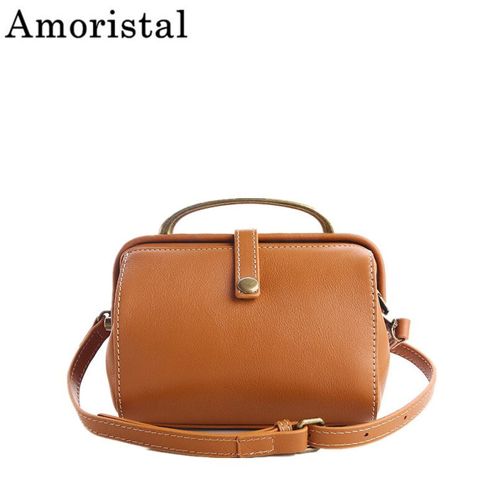 Retro Doctor Shoulder Bag Genuine Leather Large Capacity Wild Simple Female Handbag Luxury Rivet Locck Bag
