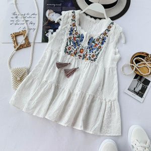 Summer New Sweet Tassel Embroidered Wooden Ear White Shirt Women Sleeveless Blouse Tops