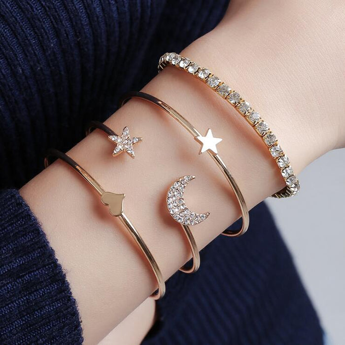 4pcs/set Women Bracelets Bohemian Pentagram Peach Hearts Stars Moon Open Bracelet for Women Fashion Apparel Jewelry Xmas Gifts