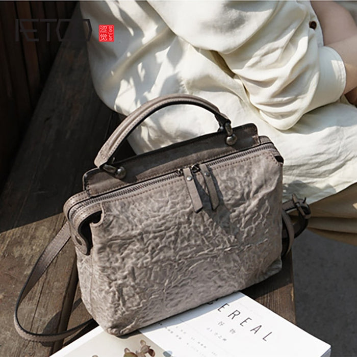 AETOO Leather literature Retro Fold crossbody bag, portable to do old doctor bag, small fresh personality cowhide female bag