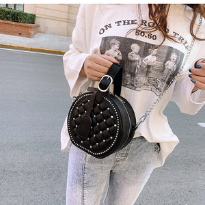 Brand Originality Design Women bag 2019 new women's handbags Round bag oblique chain package rivet simple shoulder bag  feminina