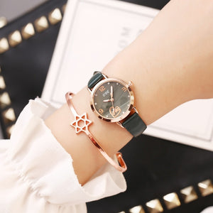 Casual Watches Fashion Women Watch Top Brand Hot Sale Ladies Wristwatch CCQ New Clock Simple Design Female Quartz Watch for Girl
