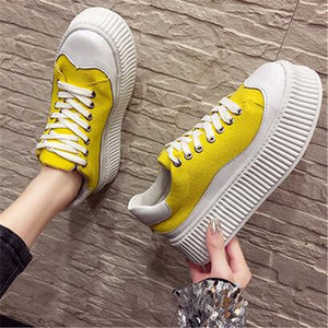 FeiYiTu 2019 Spring New Muffin bottom white shoes female increase net red wild Harajuku casual thick-soled color board shoe tide