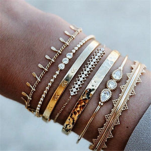 GIVVLLRY 7 pcs/set Crystal Cuff Bracelets Fashion Jewelry Punk Ethnic Baroque Gold Geometric Wide Cuff Bangles Set for Women