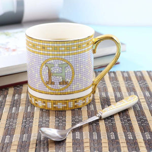 Ceramics Coffee Cup European Coffee Mug Originality Bone China Golden Letters Black Tea Teacup Office Light Luxuries Tazas Copos