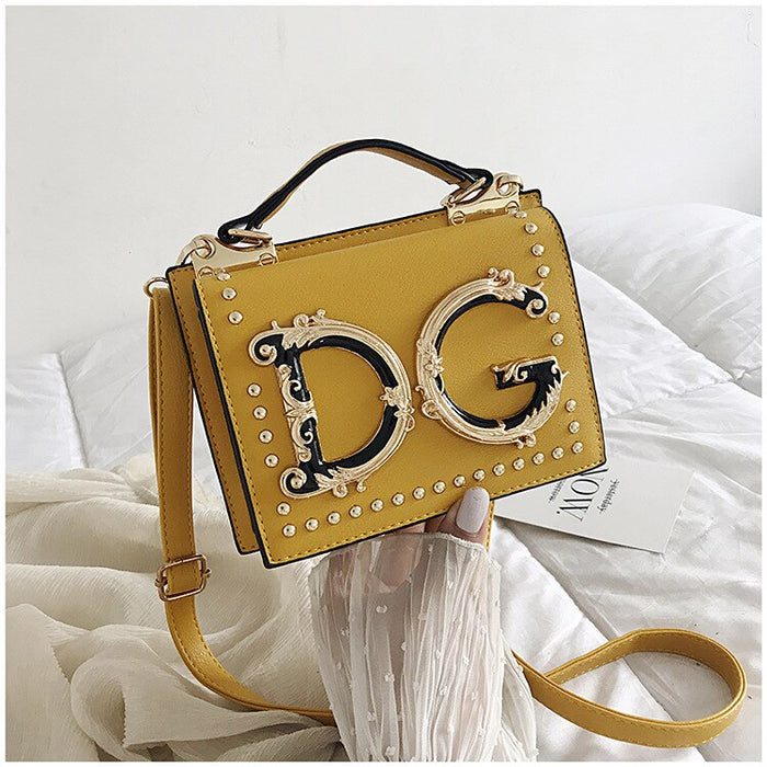 2019 Luxury Small Rivet Handbag Famous Designer Ladies Crossbody Messenger Bag Women Metal Letter Shoulder Bag  Female Bolsa Sac