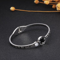 Stainless Steel Open Cuff Bangles Round Black Disc Design Roman Number Crystal Bracelets Bangles Women Ladies Luxury Jewelry