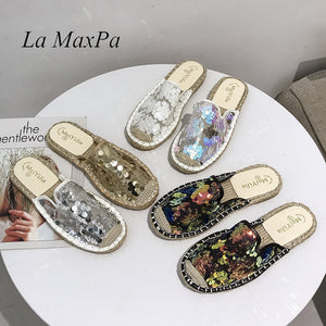 Fashion Women Mules Shoes Flats 2019 Spring New Square Toe Sequin Bling Slip On Casual Flats Heel Bling Slippers Sandals Slides