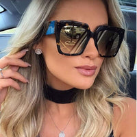 2018 New Oversized Square Sunglasses women Men luxury Brand Designer Sun glasses lady Retro Big frame Gradien Sunglasses UV400