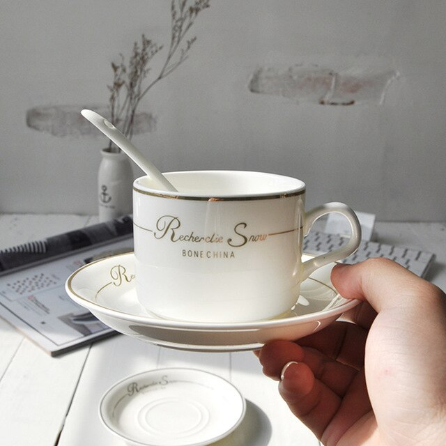 Style Coffee Cup Set with Spoon Plates Bone China Ceramic Cups and Saucers Afternoon Milk Tea Set