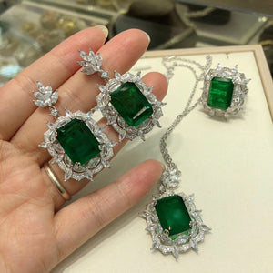 High-end S925 sterling silver emerald earrings Valentine's Day gift wedding Engagement retro beautiful earrings Royal Jewelry