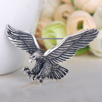 Blucome Vintage Antique Silver Color Jewelry Flying Eagle Brooch Men Boys Suit Scarf Accessories Bird Pins Birthday Party Gift