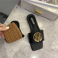 2020 Women Slippers Sandals Shoes Comfy Antiskid Flat Sole Slippers Woman Metal Decoration Sandals Slides Beach Shoes