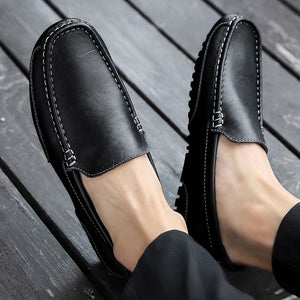Genuine Leather Men Casual Shoes Brand 2020 Italian Men Loafers Moccasins Breathable Slip on Black Driving Shoes Plus Size 37-47