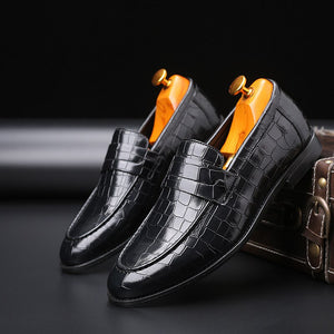 2019  Men's Crocodile Grain Leather Dress Shoes Man Casual Pointed Toe Oxfords Mens Lace-Up Business Office Oxford Shoe Size 48
