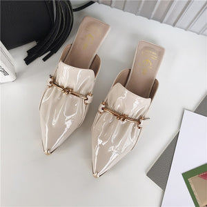 New Women Slippers Flats Shoes Fashion Casual Slides Patent Leather Ladies Lazy Outside Slippers Pointed Toe Metal Design Mules