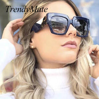 Luxury Italian Sunglasses Women Brand Designer Full Star Sun Glasses Female Oversize Retro Square Ladies Sunglasses Shades 1301T