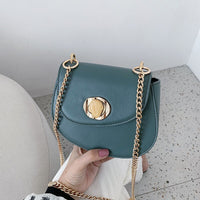 NEW Buckled Baggage Girls New Type Korean Single Shoulder Baggage with Texture Slanting Baggage Chain Saddle Bag