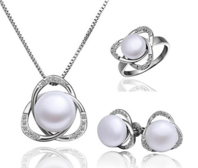 Unusual bridal Woman's Clavicle Pearl Dance Flower Modeling Pearl Necklace Earring Ring Three-piece Suit Set African queen