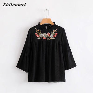 Elegant floral embroider Women Tops Plus Size three quarter Sleeve white black