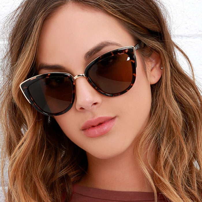YOOSKE Ladies Vintage Cat Eye Sunglasses Women Luxury Brand Designer Oversize Sun Glasses For Women UV400 Gradient Shades Female