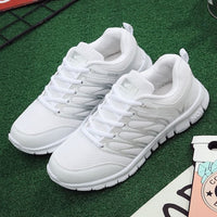 Women Shoes 2019 New Fashion Woman Casual Shoes Female Sneakers Breathable Slip On Mesh Light Walking Tenis Feminino Plus Size