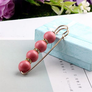 Korean Simulated Pearl Pins and Brooches Women Accessories Big Beads Safety Piercing Cardigan Scarf Pins Clips Costume Jewelry