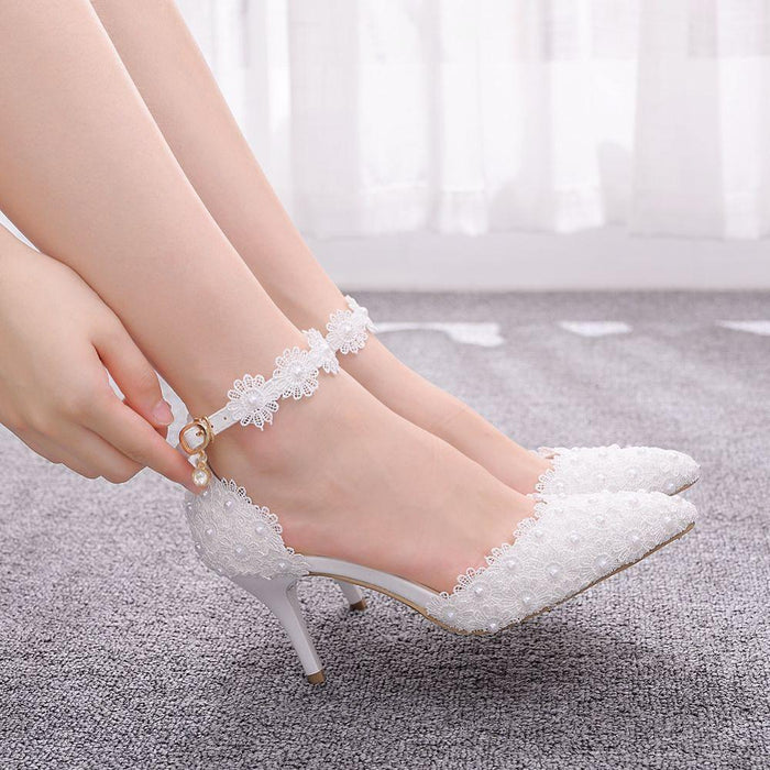 Crystal Queen Large Size Women's Shoes White Lace High Heels Banquet Wedding Shoes Bridal Shoes Pointed Sweet Wild Single Shoes