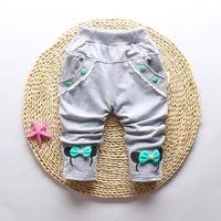 2017 new spring baby pants cotton Cute cartoon bow baby girls pants 1 piece 0-3 year Casual pants for girls