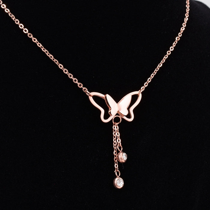 QCOOLJLY 1pc Rose Gold Silver Color Crystal Butterfly Pendant Choker Necklace For Women Good Quality Short Jewelry Best Selling