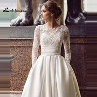 Modest Long Sleeve Wedding Dresses Turkey Scoop Satin Appliqued A-line Bridal
