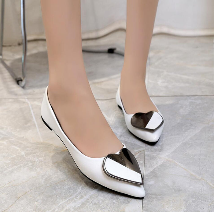 mujer Fashion 2018 New Flat Women ballerina Shoes Loafer Platform Shoes White Woman Pointed Toe Leather ladies Shoes for Girls