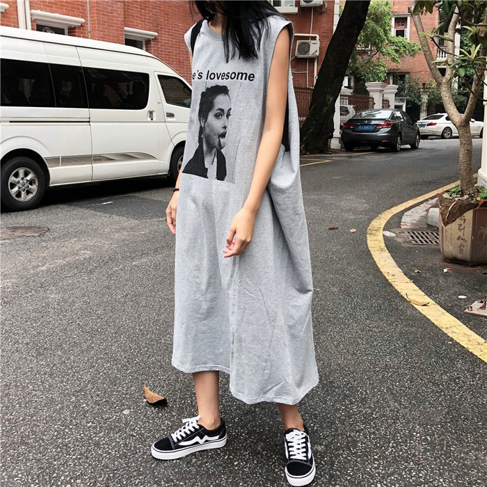 Women Dress White Dress Cotton Character Printed Sleeveless Oversized Vests Dress 2018 Female Summer Loose Long T-shirt Dress