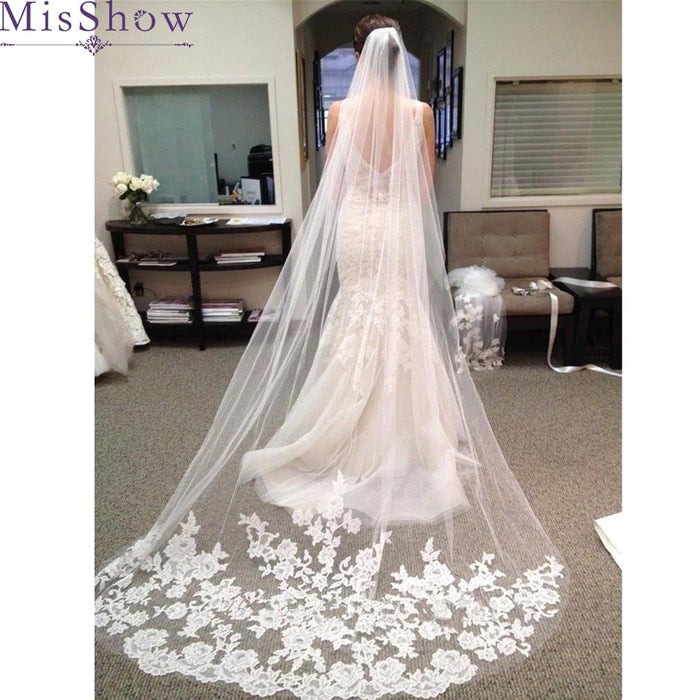 ReaI Photo One Layer Tulle Lace Edge Cathedral Wedding Veils 3 M Long Bridal